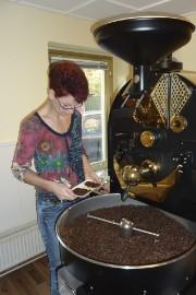 die schönste Beschäftigung, Kaffeerösten